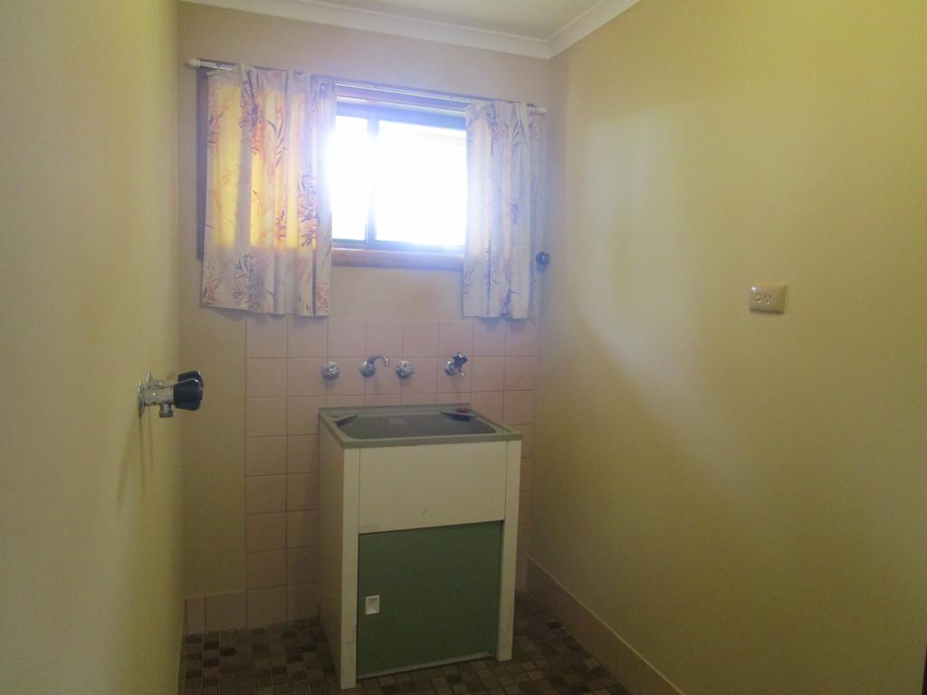 19 Hardwick St BARMERA SA 5345 Andrews Property