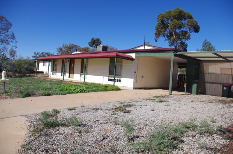 86 Axehead Road ROXBY DOWNS SA 5725 Andrews Property