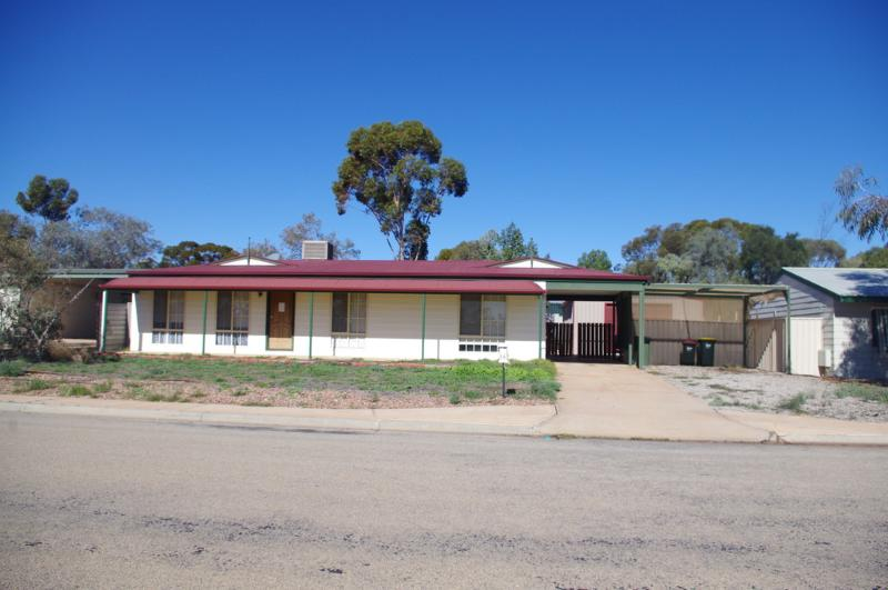 86 Axehead Road ROXBY DOWNS SA 5725Andrews Property