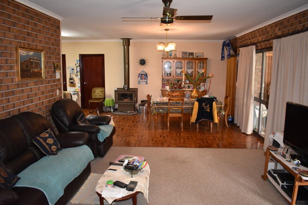 379 Ral Ral Avenue RENMARK SA 5341 Andrews Property