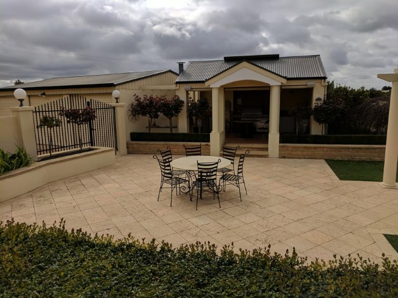 37 Morey Road GLOSSOP SA 5344Andrews Property