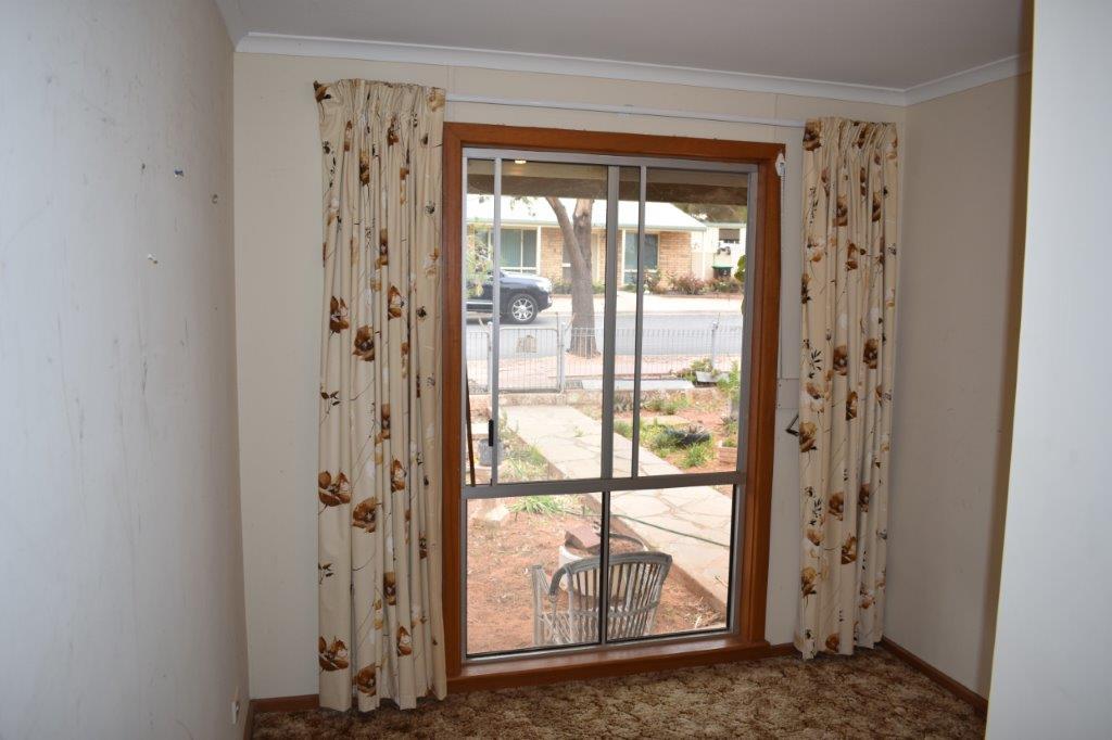 44 Pauline Street PARINGA SA 5340 Andrews Property