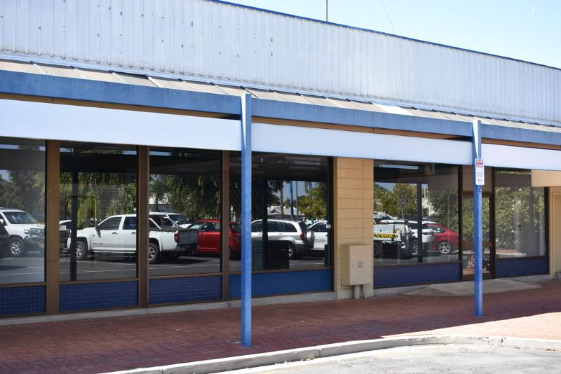 Shop 3/4 Chaffey RENMARK SA 5341Andrews Property