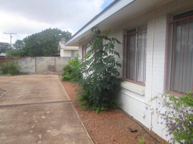 27 Hollis TENNANT CREEK NT 860Andrews Property
