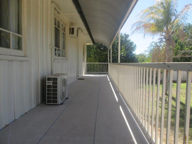 25 Ambrose Street TENNANT CREEK NT 860 Andrews Property