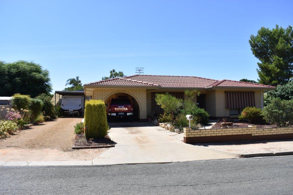 3 Anderson Street LOXTON SA 5333Andrews Property