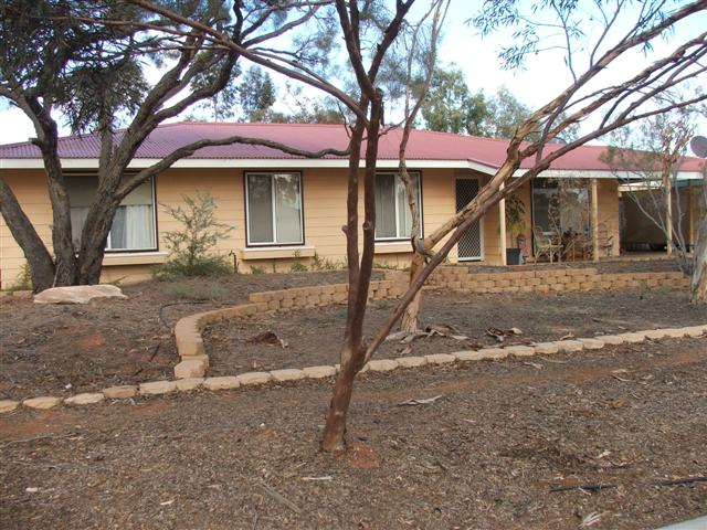 24 Irrapatana Street ROXBY DOWNS SA 5725Andrews Property